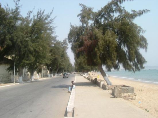 benguela: Índice de prostituição na praia morena cresce todos os dias - praia morena - Benguela: Índice de prostituição na Praia Morena cresce todos os dias