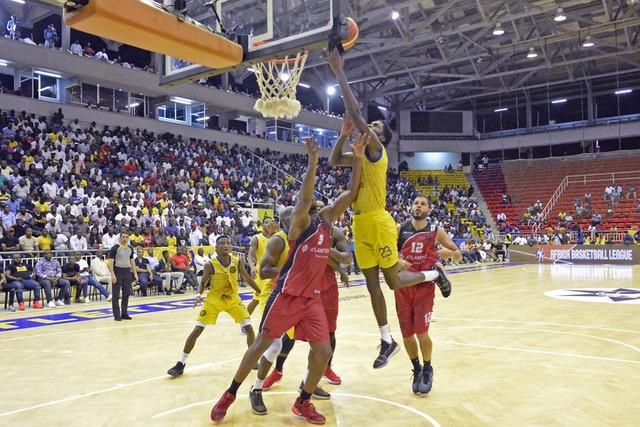 basquetebol: petro vence 1º de agosto no pavilhão da cidade - 0726a626c eb00 41e8 89f6 b85860e1bd4a - Basquetebol: Petro vence 1º de Agosto no pavilhão da Cidade
