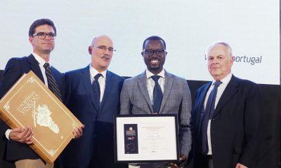 """- FB IMG 1557934290985 400x240 - Jurado angolano do Concurso Vinhos de Portugal distinguido como """"Personalidade do Ano"""" para África"""