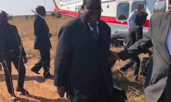 - FB IMG 1559314121572 590x354 - N'Zau Puna revela que teve que pedir autorização a João Lourenço para participar nas exéquias de Jonas Savimbi
