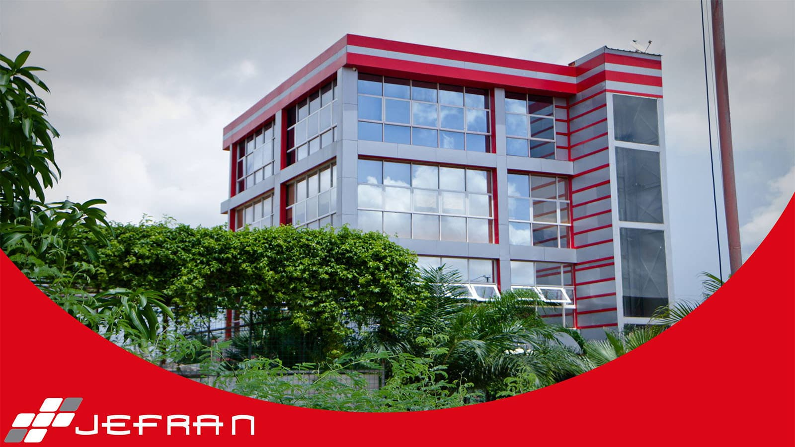 jefran deve mais de mil milhões de kwanzas a clientes - JEFRAN - Jefran deve mais de mil milhões de kwanzas a clientes