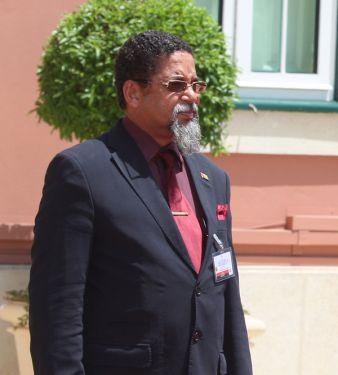 ex-cônsul honorário da guiné-bissau em luanda assassinado com três tiros - Isaac Monteiro - Ex-cônsul honorário da Guiné-Bissau em Luanda assassinado com três tiros