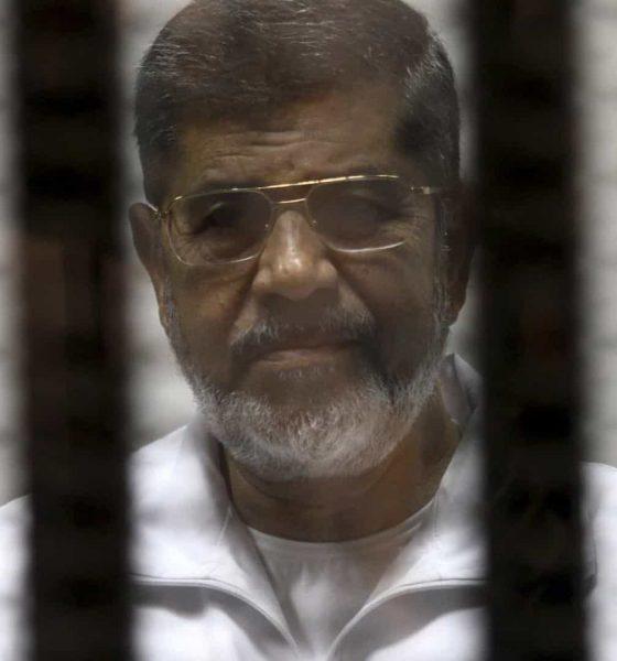 [object object] - Mohamed Morsi 560x600 - Antigo Presidente egípcio enterrado discretamente e sob forte vigilância
