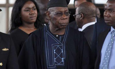 - Olusegun Obasanjo 400x240 - Em caso de derrota, presidente da Guiné-Bissau pode recusar deixar o poder