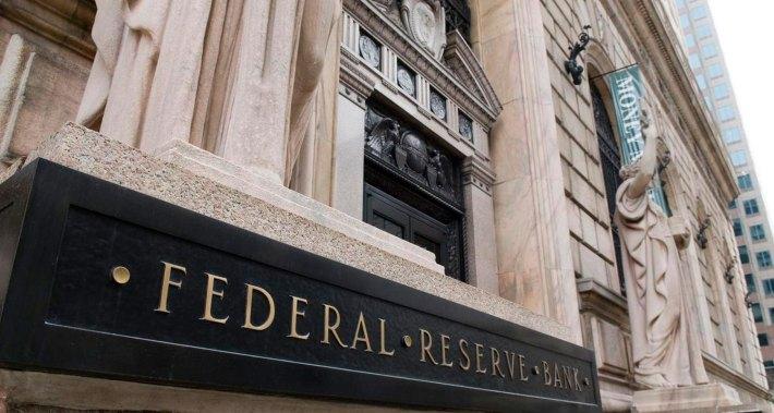 reserva federal dos eua sinaliza possível descida de taxas de juro - Reserva Federal - Reserva Federal dos EUA sinaliza possível descida de taxas de juro