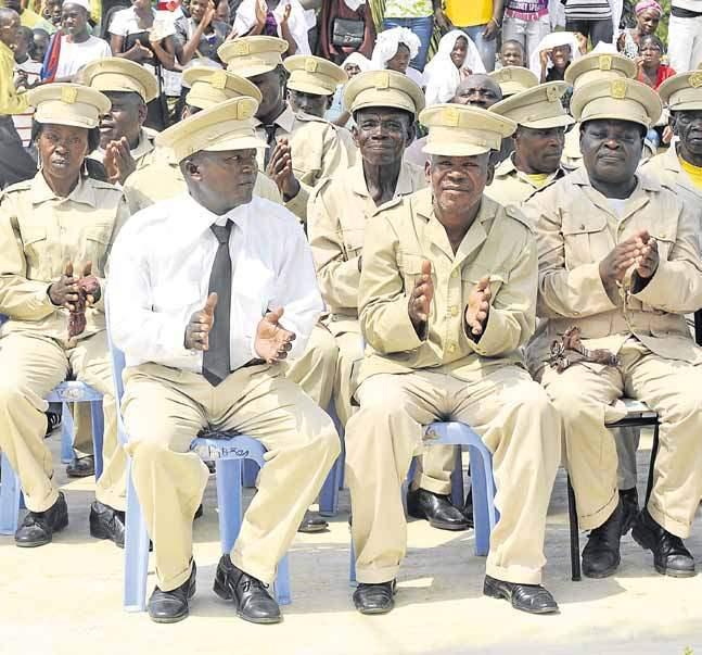 luanda vai reduzir o número de sobas - sobas - Luanda vai reduzir o número de sobas