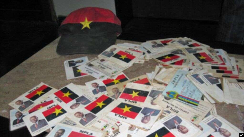 mpla retira imagem de jes do cartão de militante - Cart  o Militante MPLA - MPLA retira imagem de JES do cartão de militante