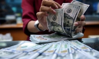 - D  lares 400x240 - Federal Reserve de Nova York injecta 75 mil milhões de dólares no mercado