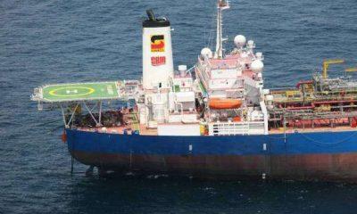 a sonangol, eni e total interessadas na exploração petrolífera das bacias marítimas do namibe e de benguela - Petr leo 400x240 - A Sonangol, ENI e TOTAL interessadas na exploração petrolífera das bacias marítimas do Namibe e de Benguela