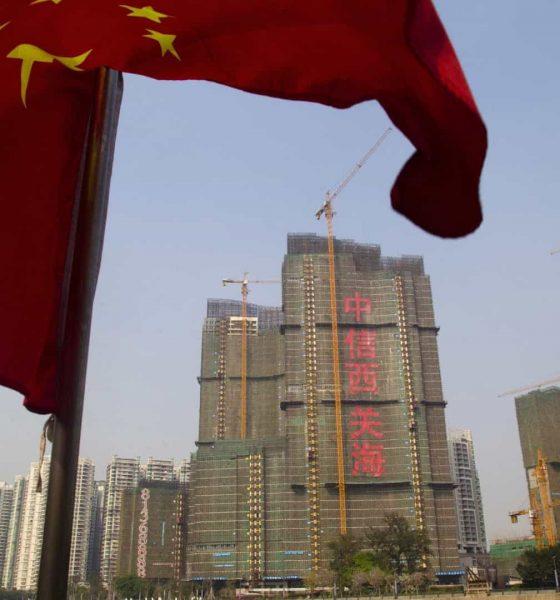 - HOG KOG 560x600 - Governo chinês critica oferta de asilo político a manifestantes de Hong Kong