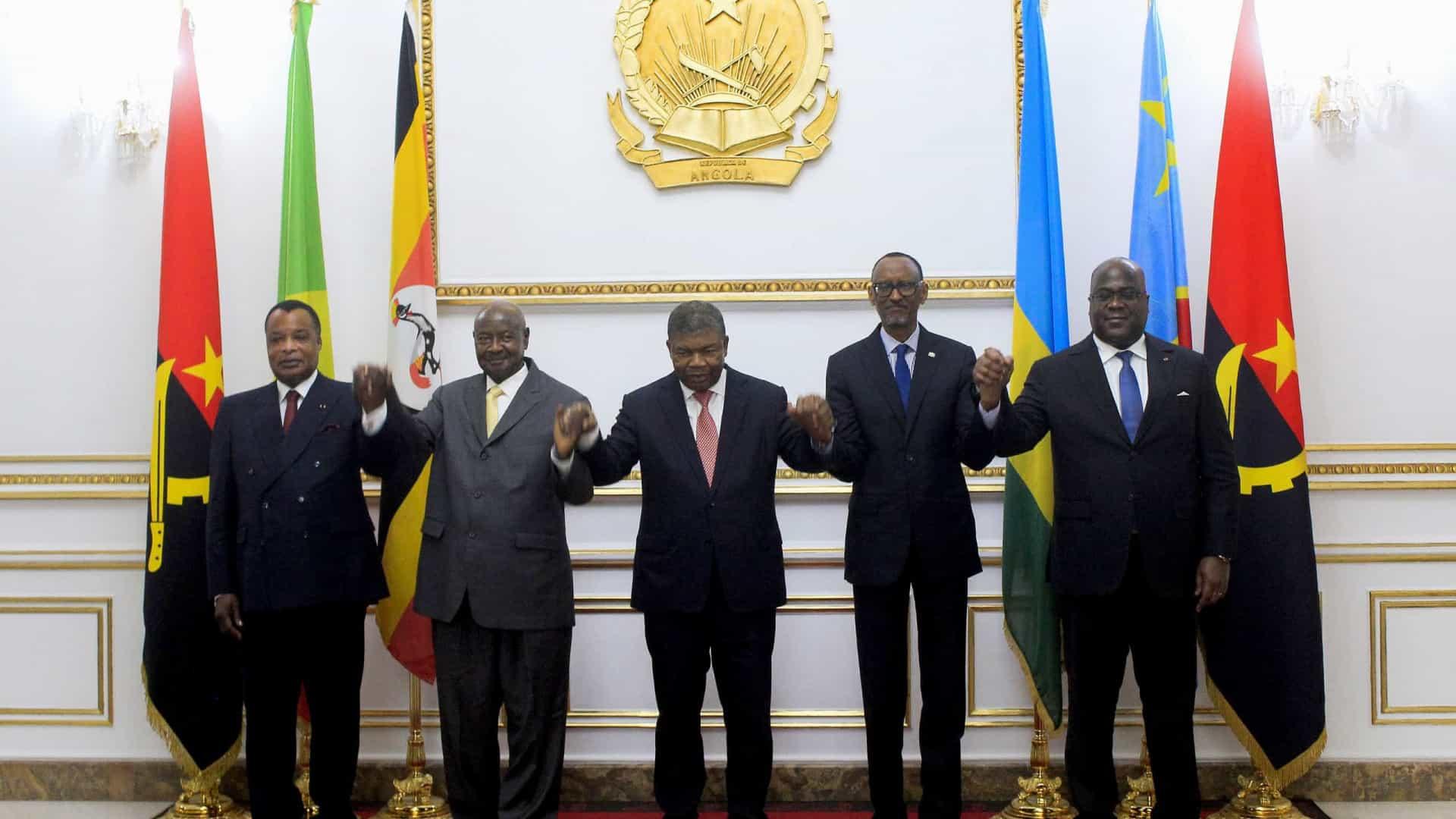 - SADC - Uganda e Ruanda assinam acordo que põe fim a acusações mútuas