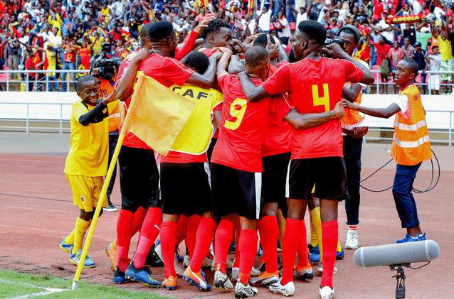 - Angola - Angola qualifica-se a fase de grupos de qualificação ao Mundial