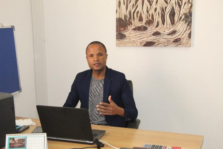 - Camilo Lemos1 - Fundação Arte e Cultura reune em Angola Docentes Universitários de Artes de todo mundo