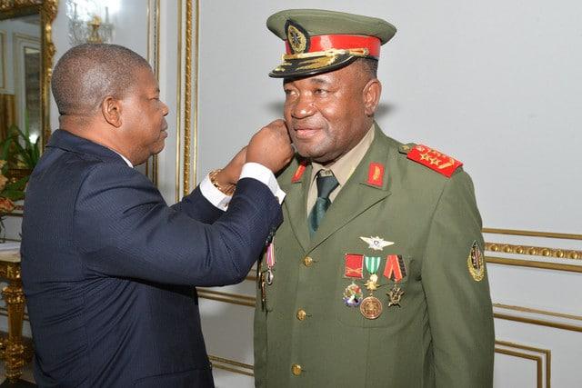 - General Disciplina e JLO - Mudança nas Forças Armadas: Exoneração iminente do Chefe do Estado Maior General
