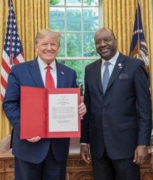 - Joaquim do Esp  rito Santo acreditado embaixador nos EUA 300x354 - Angola intensifica esforços por um encontro entre João Lourenço e Donald Trump