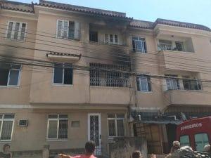 - incendio brasil 300x225 - Angolanos morrem em incêndio no Brasil