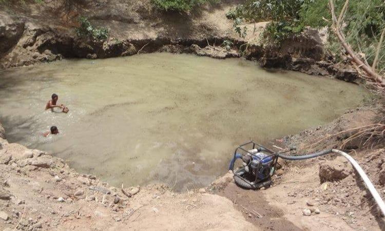 - CACIMBA DE NEGRAS 750x450 - Crianças morrem afogadas numa cacimba no Lobito quando tentavam acarretar água para consumo