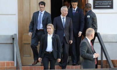 - ice primeiro ministro chin  s Liu He  400x240 - China anuncia avanços substanciais na negociação comercial com EUA
