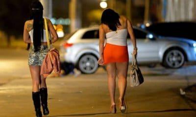 - prostitutas 400x240 - Prostituicão no Huambo: Congolesas disputam clientes com adolescentes