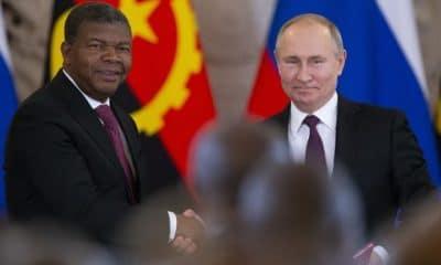 - putin e jlo 400x240 - Em Sochi, Rússia quer dar ao mundo sinal de ambição crescente em África