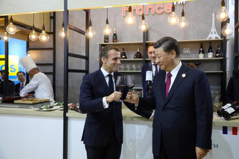 macron pede ao governo chinês maior abertura às empresas estrangeiras - Emmanuel Macron e Xi Jinping - Macron pede ao governo chinês maior abertura às empresas estrangeiras
