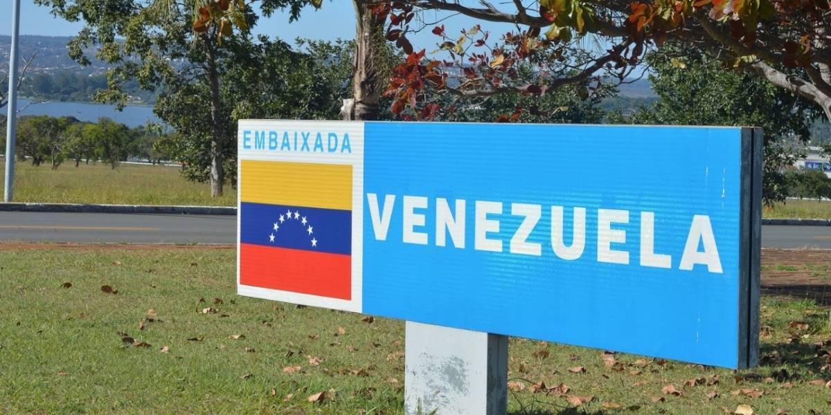 partidários de guaidó ocupam embaixada da venezuela em brasília - embaixada da Venezuela em Bras lia - Partidários de Guaidó ocupam embaixada da Venezuela em Brasília