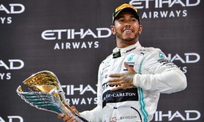- Hamilton Mercedes 400x240 - Hamilton (Mercedes) vence em Abu Dhabi último GP da temporada