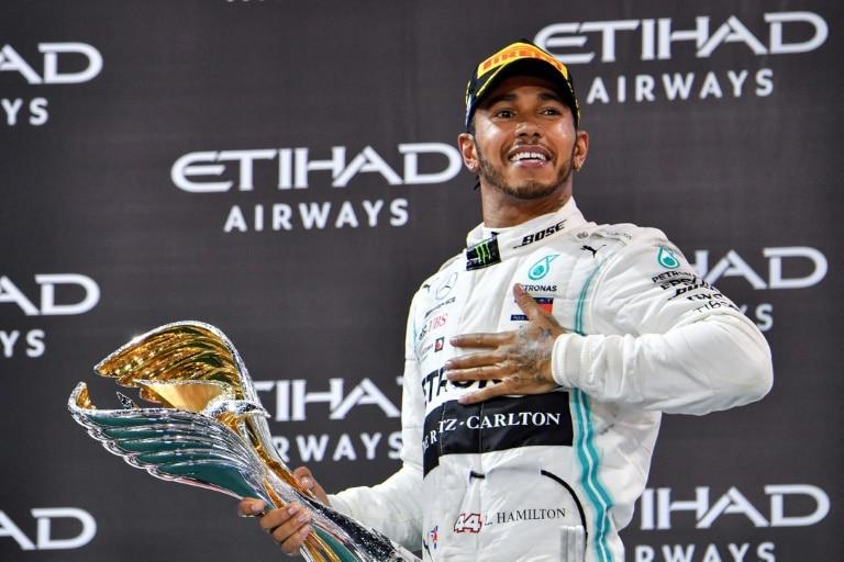 - Hamilton Mercedes - Hamilton (Mercedes) vence em Abu Dhabi último GP da temporada